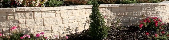 Muros em pedra natural reconstituída Mountainblock - Fabistone