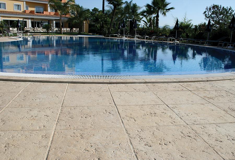 Pavimento rustico exterior perfect pavimento de exterior - Pavimento terraza exterior ...