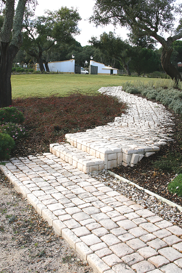 Pavimento bastide fabistone pavimento antiderrapante for Pavimentos de jardin