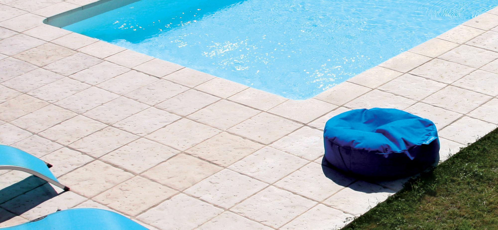 Pavimentos bracara fabistone pavimento exterior e interior for Pavimento para piscinas