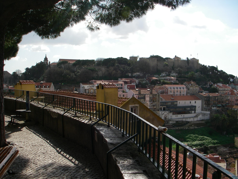 Calçada no Castelo de S. Jorge em Lisboa
